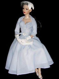 About Anya: I named my doll Anya when I discovered upon completion of her ensemble, I made, that she reminded me of Anya, played by Audrey Hepburn, in Roman Holiday. She looks like a poised and graceful princess!