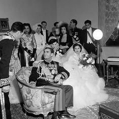مراســــم ازدواج شاهنشـــاه آریامهــــــــــر و والاحضرت ثریــــا که فوریــــۀ 1951 میلادی