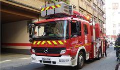 #Multan en Granada a un #coche de #bomberos que se dirigía a apagar un incendio