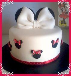 Love this cake! Nice & simple