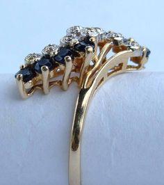 Кольцо золотое с сапфирами, бриллиантами.