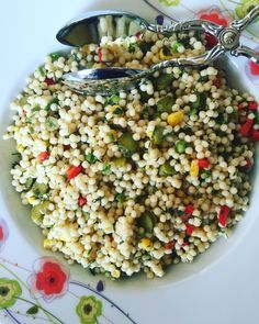 Couscous Salad - World Cuisine Easy Salad Recipes, Easy Salads, Vegetarian Recipes, Salad Menu, Salad Dishes, Turkish Salad, Cottage Cheese Salad, Couscous Salat, Roasted Meat