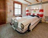 Łóżko Mercedes 2