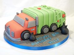 MACK GRANITE REAR LOADING GARBAGE TRUCK - Cake by Grace's Party Cakes