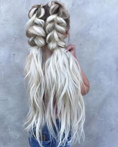 39 Trendy + Messy & Chic Braided Hairstyles | Beachy braid ponytails hairstyle #halfuphalfdown #braids #hairstyles