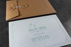 Letterpress Dankeskarte, Kuvert mit japanischem Verschluss, Hochzeitseinladungen Letterpress, Explosion Box, Design, Thanks Card, Visit Cards, Typography, Letterpresses, Letterpress Printing