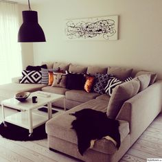 These colors are beautiful in a living room, reminds me of our beloved Orioles! Home Living Room, Interior, Redecorate Bedroom, Home Furnishings, Home N Decor, Home, Wall Behind Sofa, Apartment Decor, Lamps Living Room