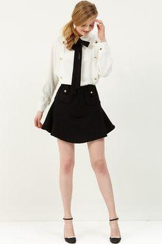 Melina Tweed Mini Skirt  >>Discover the latest fashion trends online at storets.com #miniskirt #tweedskirt #balclsktweedminiskirt
