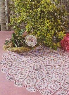 Crochet doily - Russian site but with diagrams