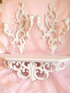 Lisa Scherer Art: French Rococo White Fancy Home Decor Baroque, French Rococo, Rococo Style, Rococo Furniture, Unique Furniture, Painted Furniture, Kitchen Drawing, Drawing Room, Romantic Shabby Chic