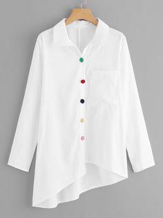 Blusa bajo asimétrico con diseño de botón vistoso-Spanish SheIn(Sheinside)
