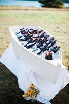 casual Maine seaside wedding | Sarah Morrill Photography | Glamour & Grace