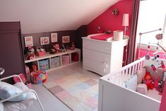 Half wall and side wall two different colors.chambre bebe louise hot pink