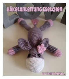 gratis Esel häkeln / ca. groß//Amigurumi Do you like donkeys + do you like crochet? Then get the wool, a matching crochet hook ++ of course the free instructions for crocheting the sweet donkey. Crochet Amigurumi, Amigurumi Doll, Crochet Dolls, Love Crochet, Crochet Baby, Baby Knitting Patterns, Crochet Instructions, Fabric Birds, Amigurumi