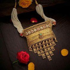 Indian Wedding, Wedding Ceremony, Bride, Bridal Jewellery, Traditional Jewellery, Rajasthani Jewellery, Jewellery, Rajput bride, Neckpiece, Aad Indian Jewelry Earrings, Jewelry Design Earrings, Indian Wedding Jewelry, Gold Jewellery Design, Bridal Jewelry, Diamond Jewellery, Necklace Designs, Gold Jewelry, Cartier Jewelry