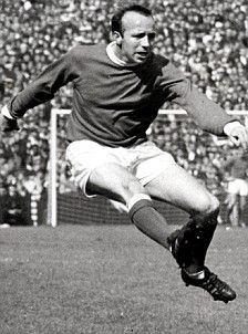 Nobby Stiles - Great Shot of this Legend