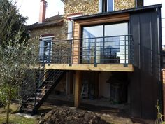 Nos réalisations : Extensions - BeBois Wrought Iron Stairs, Rear Extension, House Extensions, Flat Roof, Image House, My Dream Home, New Homes, Exterior, House Design
