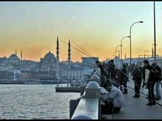 Istanbul in Turkey - The most beautiful places in the Middle East Istanbul Tours, Visit Istanbul, Istanbul Turkey, Places To See, Places To Travel, Places Ive Been, Dream Vacations, Vacation Spots, Travel Around The World