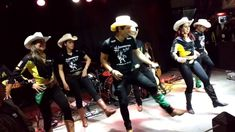 Coreografia Country - Alan Jackson Country Line Dancing, Country Songs, Cupid Shuffle Line Dance, Marcia Griffiths, The Proclaimers, Cotton Eyed Joe, Boot Scootin Boogie, Hank Williams Jr, Kenny Chesney