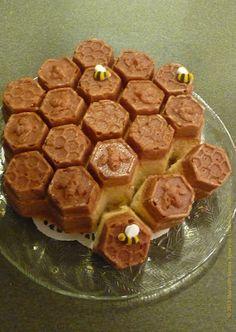 Honeycomb Cake Recipe and instructions