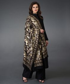 From Our Treasure Chest to Yours : Presenting our new edition of Pure Pashmina Masterpiece Jamawars. Asian Wedding Dress Pakistani, Pakistani Fashion Party Wear, Pakistani Outfits, Indian Outfits, Stylish Dress Designs, Stylish Dresses, Stylish Outfits, Fashion Dresses, Dress Indian Style