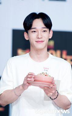 [HD포토] 엑소(EXO) 첸, '다정다정한 눈웃음' / HD Photo News - TopStarNews.Net