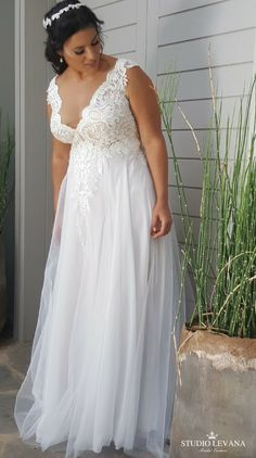 53685f18677 Dreamy Boho Plus Size Wedding Dress With Sleeves For Beach Wedding  MN8025  - GemGrace.com