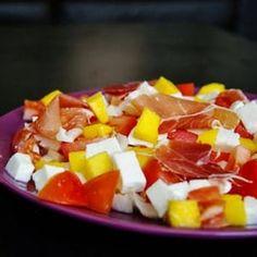 Salade tomates mangue endives mozza et jambon cru