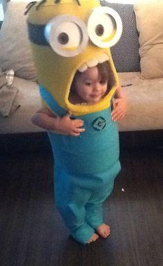 awesome Minion costume tutorial - Nicholas' 2013 Halloween Costume!