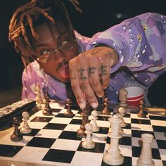 Juice WRLD 9 9 9 on In life, play chess not checkers. Rapper Wallpaper Iphone, Rap Wallpaper, Trippie Redd, Photo Wall Collage, Picture Wall, Juice Rapper, Mode Hip Hop, Best Concealed Carry, Just Juice