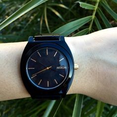 Black and gold Nixon Time Teller Acetate watch Black and gold Time Teller Acetate Nixon watch. Worn a handful of times but still in great condition! Needs battery replacement. Comes with tag, box, and extra links. Nixon Accessories Watches