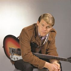 """Glen Campbell's Recording Of """"Wichita Lineman,"""" Written By Jimmy Webb, Inducted Into National Recording Registry Of The Library Of Congress Male Country Singers, Country Music Artists, Country Music Stars, Jimmy Webb, Glen Campbell, Flute Sheet Music, Smokey Robinson, Theatre Problems, Recorder Music"""