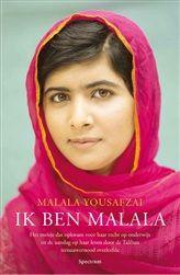 Ik ben Malala.  Malala Yousafzai werd in 2012 van zeer dichtbij in het gezicht geschoten door een talibanstrijder. Ze was toen vijftien jaar oud. Al snel werd dit wereldnieuws. Malala is het slachtoffer van een gruwelijke aanslag op haar leven. Dit omdat ze als meisje in Pakistan naar school gaat. Ze overleeft de aanslag en haar verhaal gaat de hele wereld over. Sindsdien is Malala het symbool van de strijd voor onderwijs voor iedereen.  http://www.bruna.nl/boeken/ik-ben-malala-9789000331536