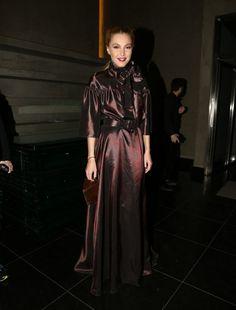 Τάμτα: Με βικτωριανό φόρεμα που μας άρεσε πολύ! - JoyTV Goth, Shopping, Dresses, Style, Fashion, Gothic, Vestidos, Swag, Moda