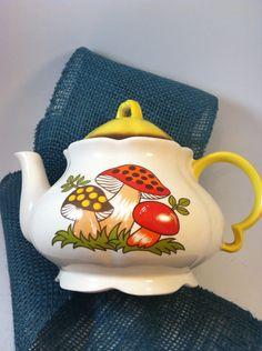 1976 Sears Merry Mushroom Teapot & Lid