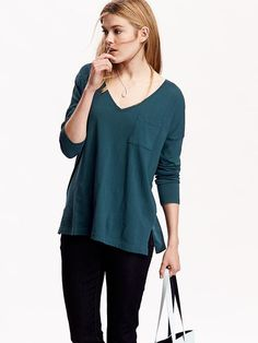 Women's Long-Sleeve V-Neck Tees Product Image //old navy
