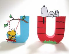 Letra 3D Snoopy decorada feita em papel especial com apliques. <br> <br>VALOR POR LETRA <br> <br>FAZEMOS EM QUALQUER COR E TEMA.