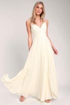 bebe7110e1 149 Best Elopement Wedding Dresses images in 2019
