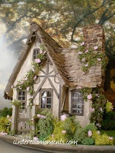Cinderella Moments: Miss Read's English Cottage. Or could it be a Fairy House? Little Cottages, Cabins And Cottages, Little Houses, Small Cottages, Country Cottages, Storybook Homes, Storybook Cottage, Witch Cottage, Cute Cottage