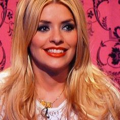 Holly Willoughby is often seen wearing a double sovereign pendant.