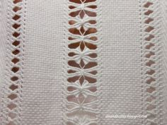 This Pin was discovered by Nur Hardanger Embroidery, Embroidery Stitches, Embroidery Patterns, Hand Embroidery, Types Of Embroidery, White Embroidery, Swedish Weaving, Drawn Thread, Thread Work
