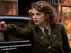 """When it premiered, I was very, very prepared to like ABC's Agent Carter.(My anticipation generally took the form of gasping """"Lady secret agent… old-timey hats… and wigs!"""" accompanied a great degree of flailing whenever the show was mentioned). Luckily, last week's two-hour pilot proved it to be"""