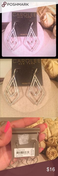 💎 Carolee Earrings 💎 Silver color earrings with clear stones. All stones in tact Carolee Jewelry Earrings