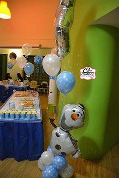 Addobbo festa a tema Frozen, Olaf e tanti fiocchi di neve per decorare. By C&C Creations Eventi