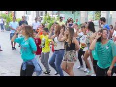 FLASHMOB EN LENGUA DE SIGNOS - YouTube
