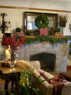 Living Room Christmas Mantle Design, Pictures, Remodel, Decor and Ideas - page 5