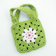 Annemarie's Haakblog: How to: sew granny squares!