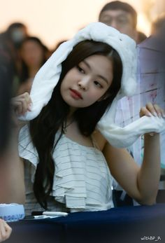 JENNIE 190630 blackpink photobook limited edition fansign Kim Jennie, South Korean Girls, Korean Girl Groups, Rapper, Blackpink Jisoo, Female Singers, Yg Entertainment, Favorite Person, Snsd