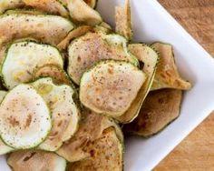 Chips de courgettes épicées au four : http://www.fourchette-et-bikini.fr/recettes/recettes-minceur/chips-de-courgettes-epicees-au-four.html