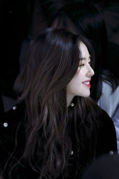 Fans Claim Irene Looked Like A Gorgeous Vampire In This Outfit Seulgi, Beautiful Gorgeous, Beautiful Asian Girls, Irene Red Velvet, Daegu, Ulzzang Girl, Korean Girl Groups, Girl Crushes, Kpop Girls